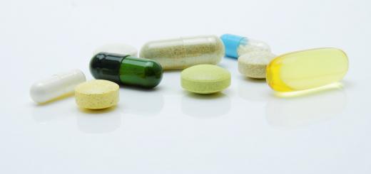 ВРУ планує заборонити продаж ліків дітям до 14 років