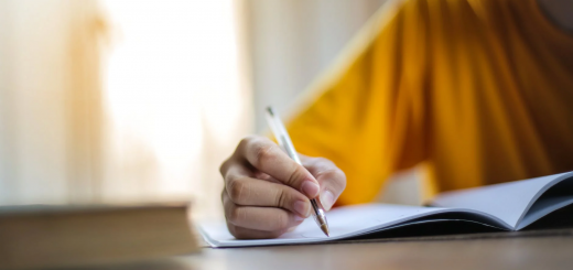 Кабмін затвердив схему іспитів з української мови для держслужбовців