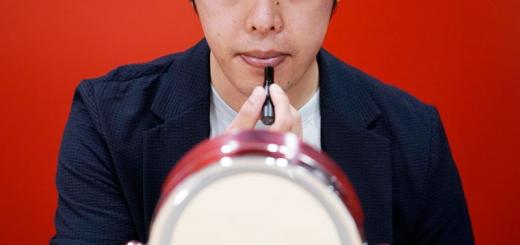 Японські бізнесмени стали частіше цікавитися макіяжем через пандемію