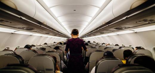 Німецька авіакомпанія відмовиться від вітання «пані та панове» через гендерну дискримінацію