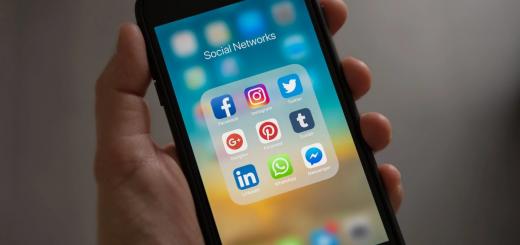 У столиці СБУ викрила угрупування айтівців, які торгували програмами для зламування Instagram, Facebook, WhatsApp, Viber і Telegram.