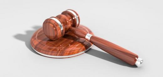 В Україні суд виніс перший вирок за підробку COVID-сертифікатів